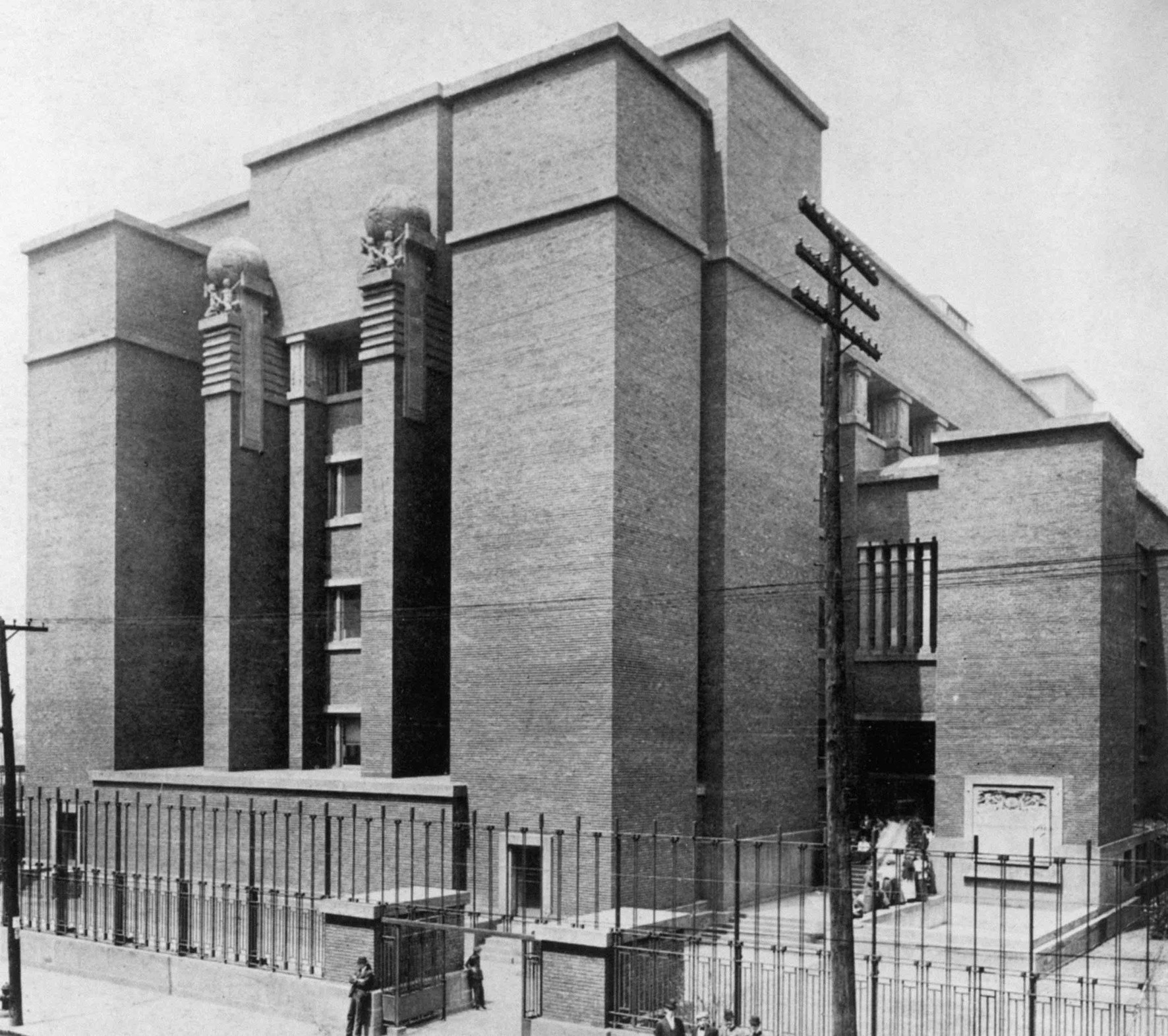 Larkin Building / REX