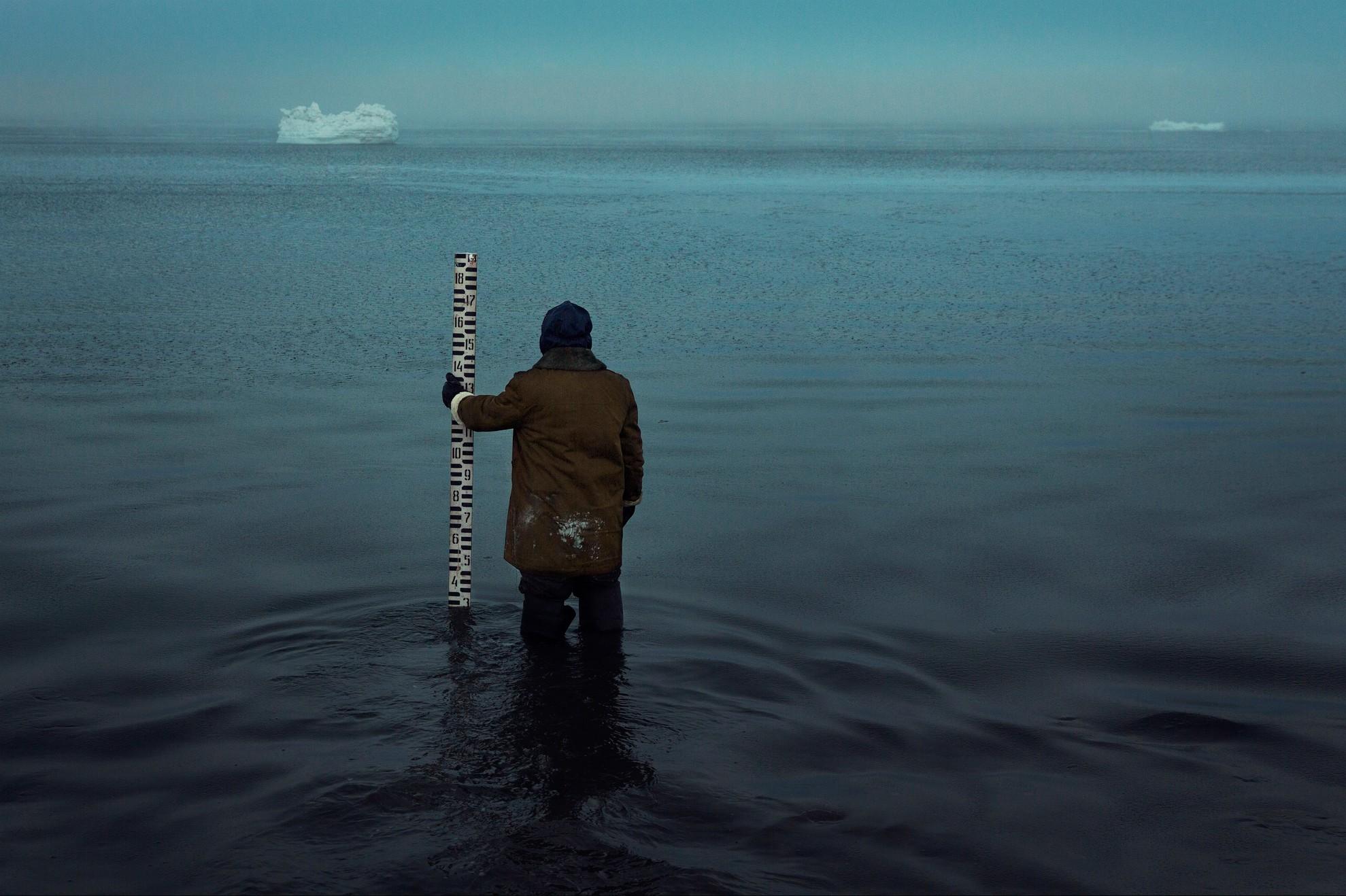 Морская гидрометеорологическая станция впоселке Ходовариха непрерывно работает с17 ноября 1933 года. Полуостров Русский Заворот находится насевере Ненецкого автономного округа иомывается Печорским морем