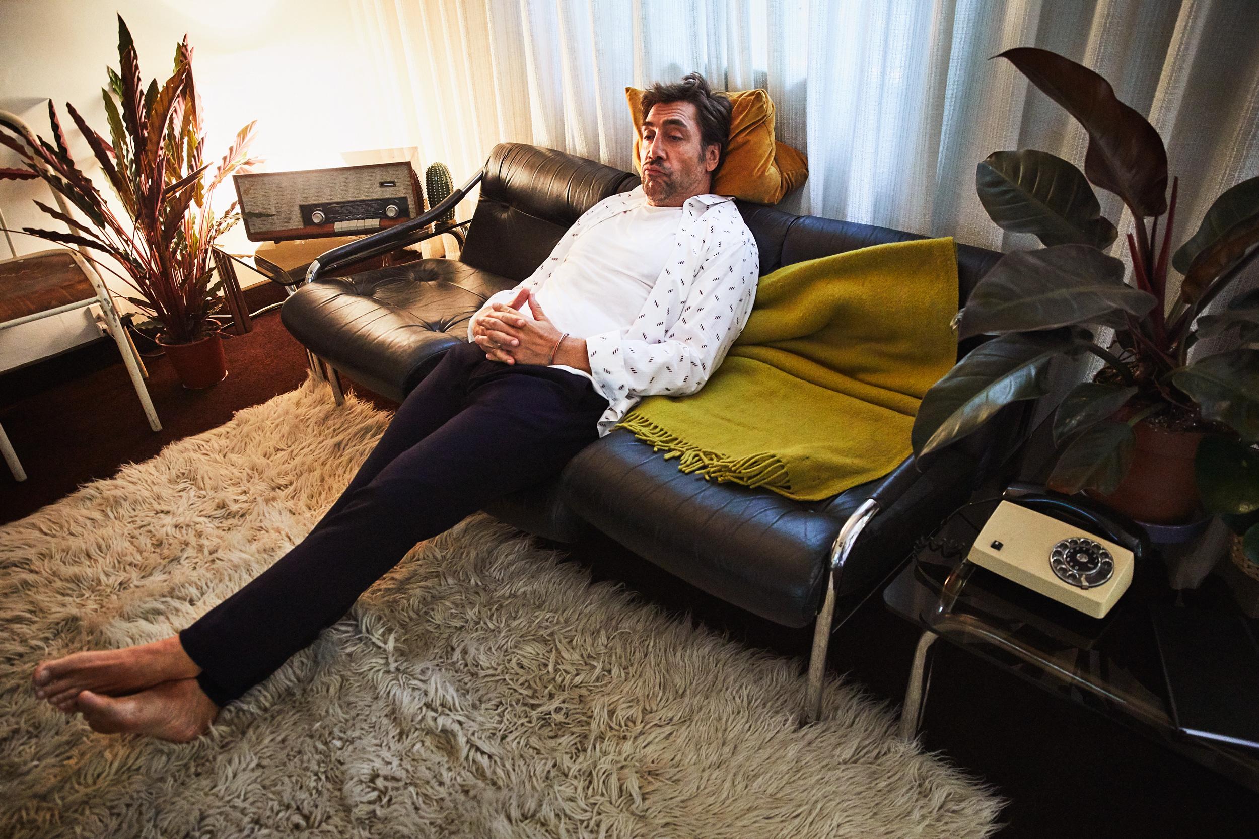 Рубашка, футболка ибрюки, все Giorgio Armani