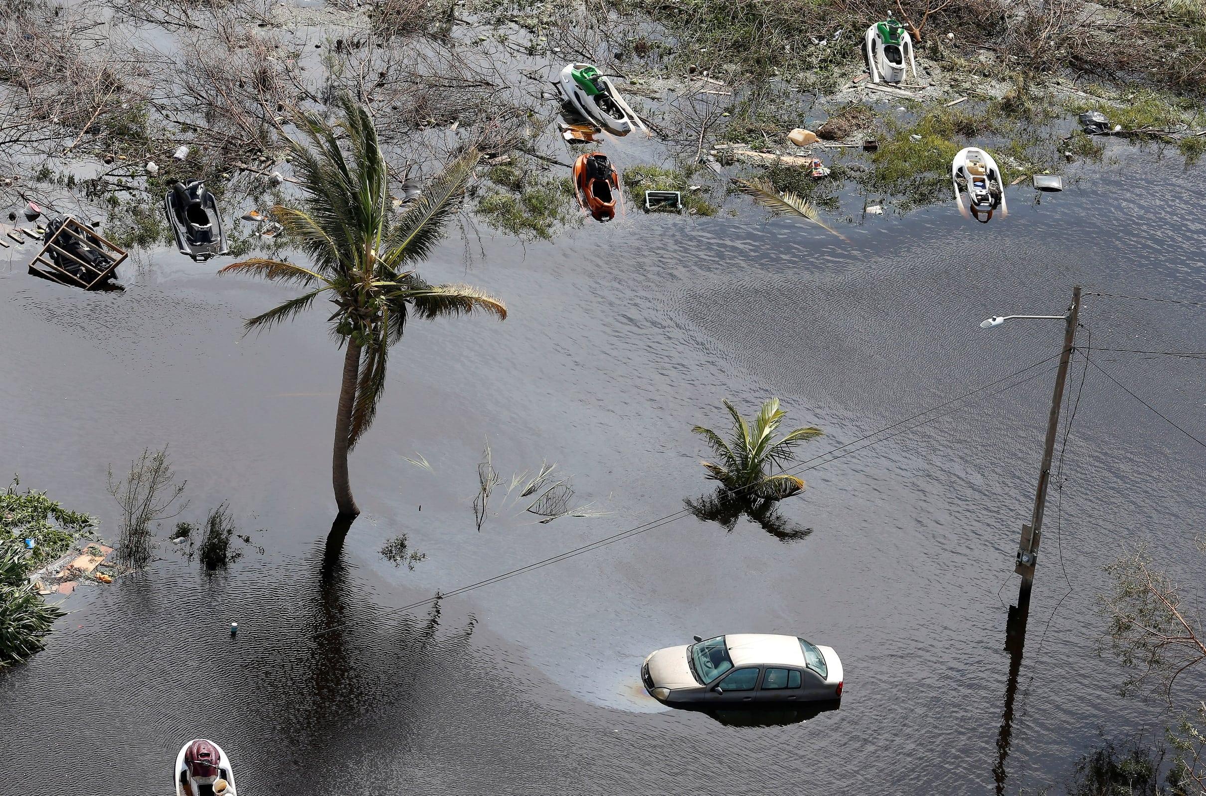 Последствия урагана наострове Большой Багама.