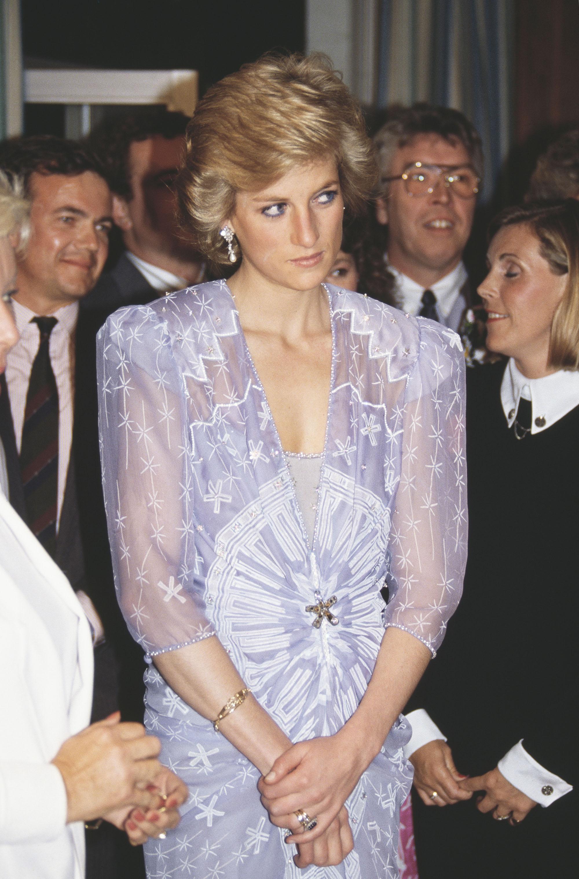 Принцесса Диана вплатье Зандры Роудс, 1989
