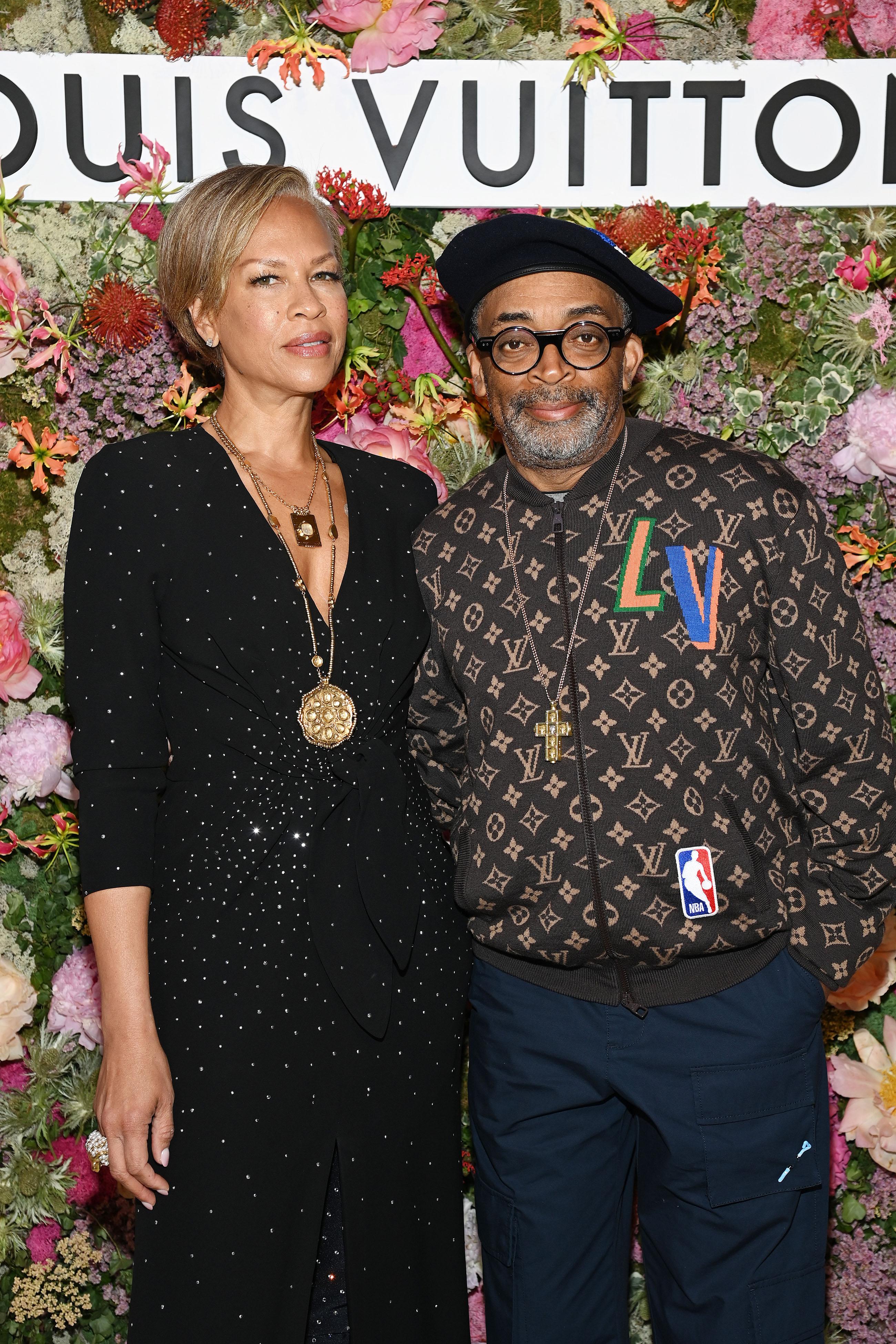 Тоня Льюис иСпайк Ли наужине Louis Vuitton вКаннах