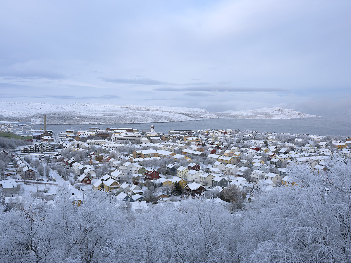 The city of Kirkenes and the Barents Sea in wintertime.