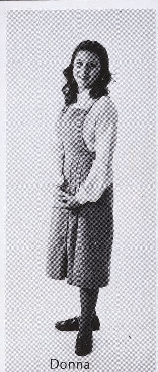 Фотография Донны Тартт изшкольного альбома.