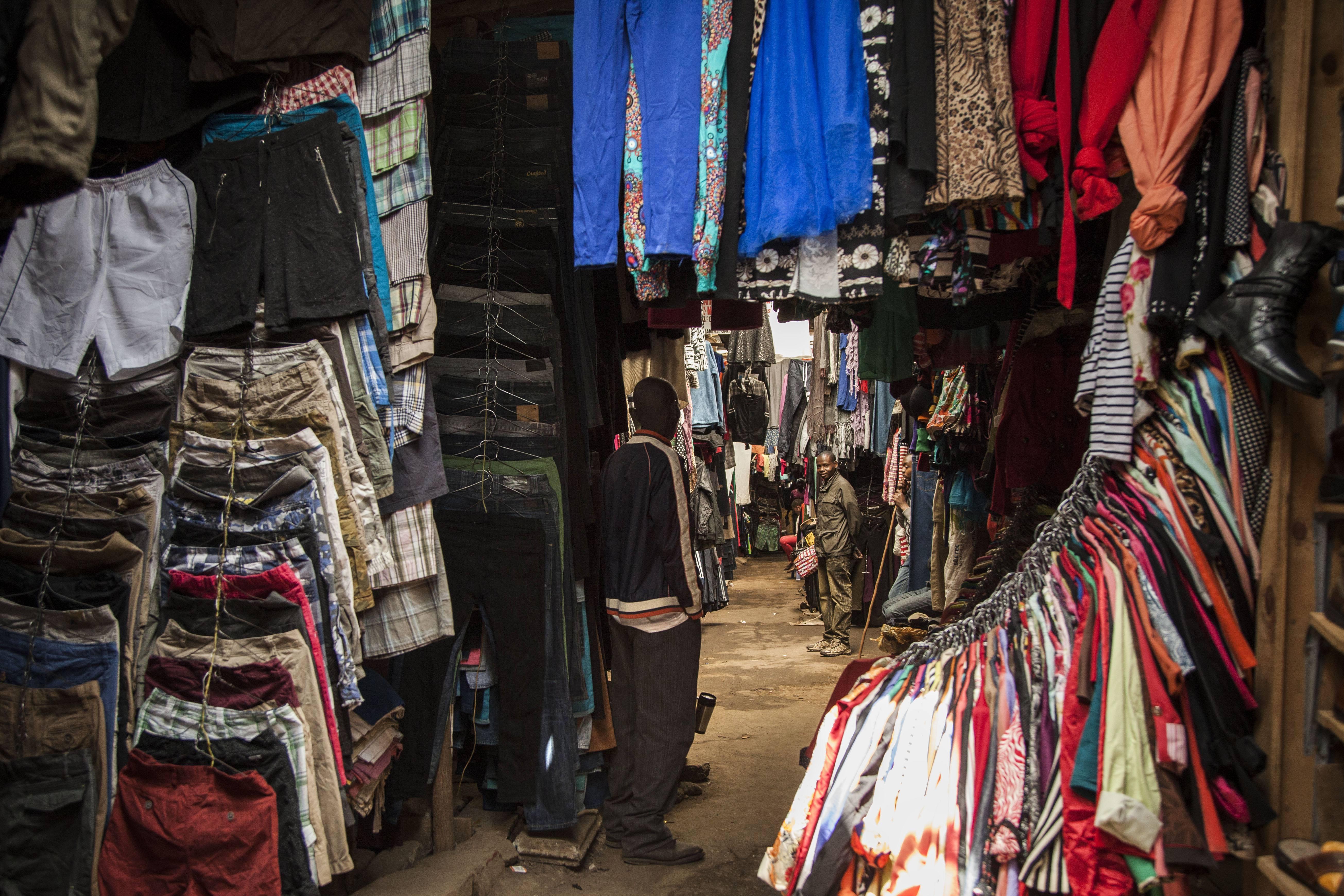 Рынок секонд-хенд одежды вКении