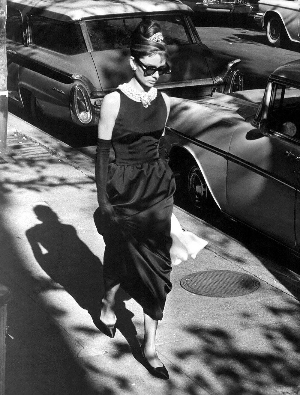 Одри Хепберн вплатье Givenchy вфильме «Завтрак уТиффани», 1961