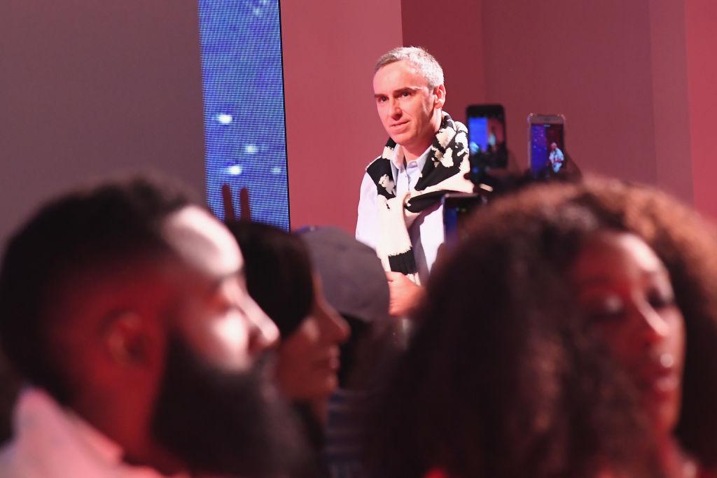 Раф Симонс вфинале показа Calvin Klein
