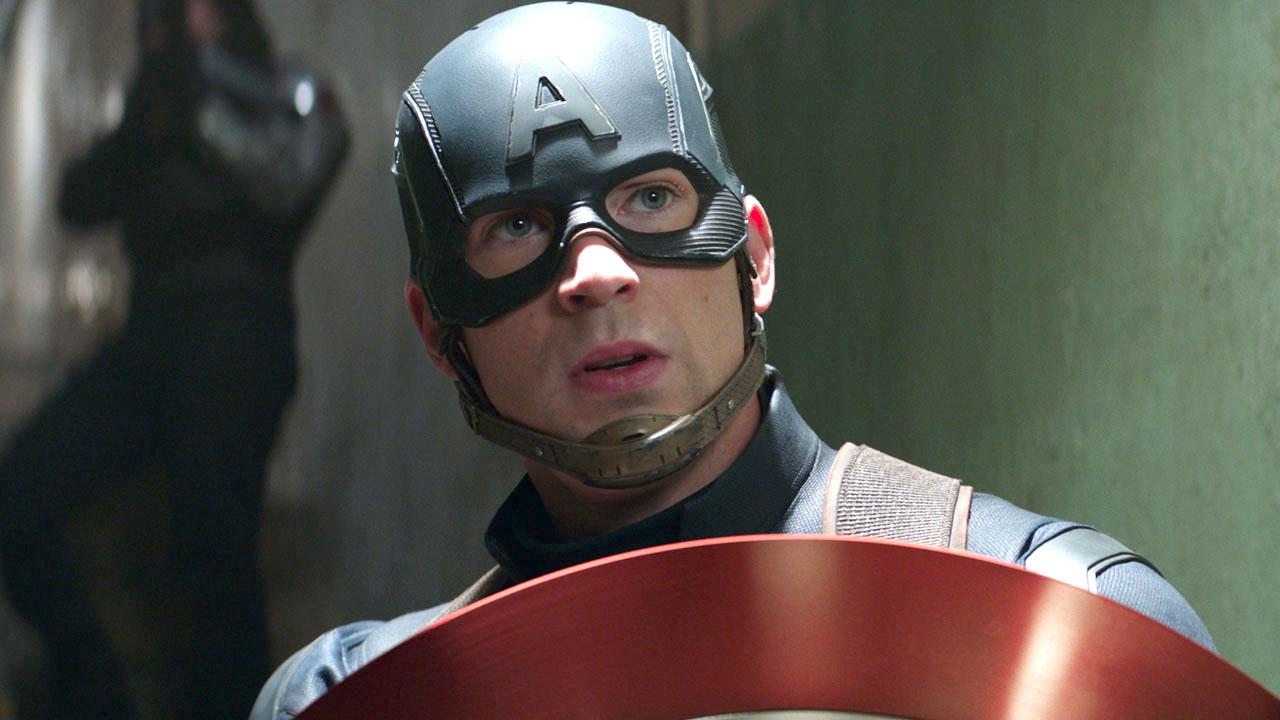 Крис Эванс вобразе Капитана Америки