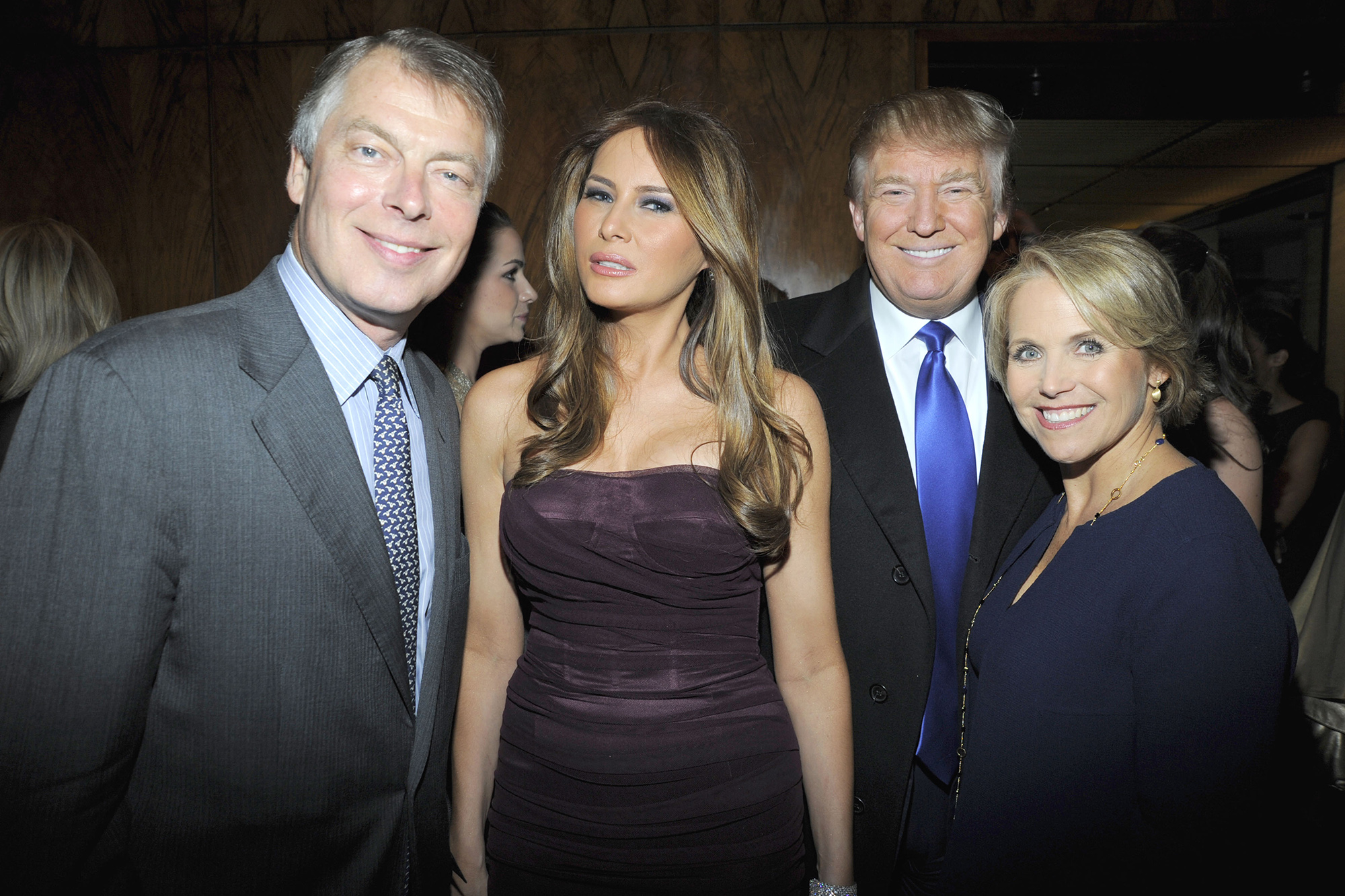 Дональд иМелания Трамп сКей Курик (американская телеведущая ижурналист) иРичардом Джонсоном