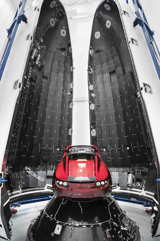 Запущенная вкосмос Tesla