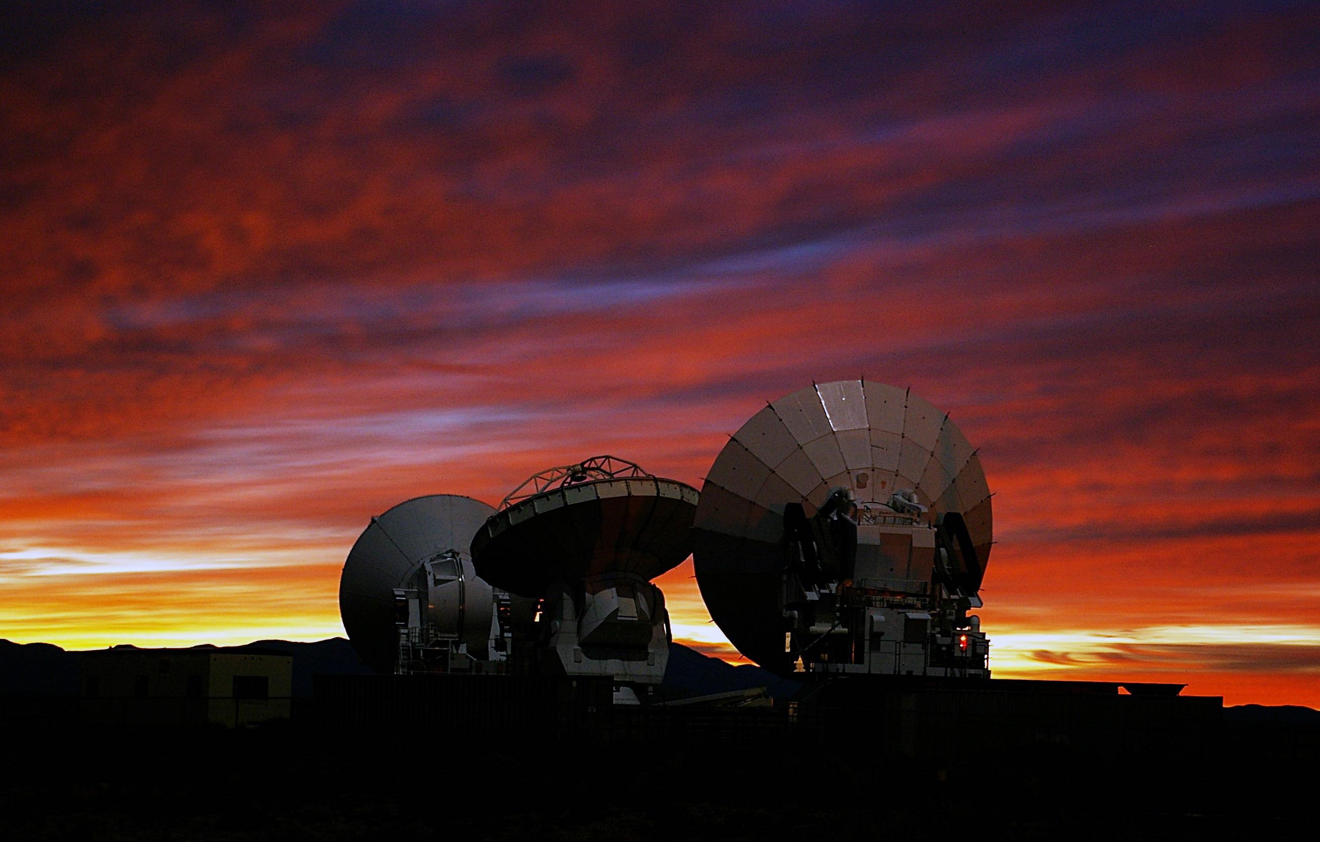 Массив радиотелескопом ALMA, спомощью которых был открыт фосфин наВенере