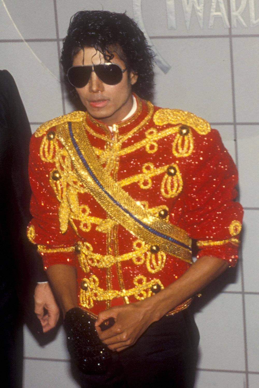 Ключевые элементы стиля Майкла Джексона | Журнал Esquire.ru  Наоми Кэмпбелл В Клипе Майкла Джексона