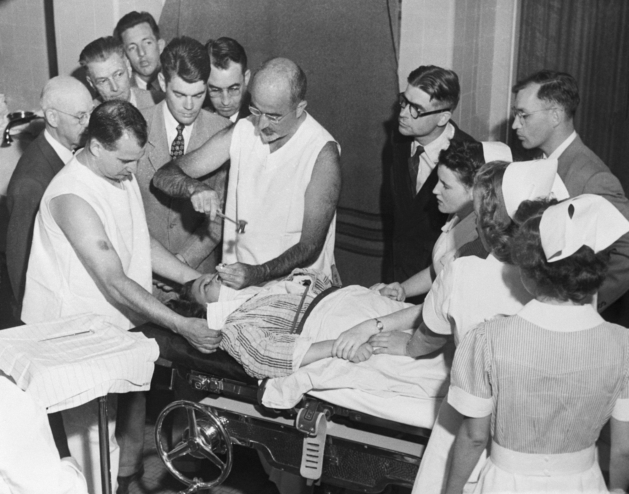 Как проводилась процедура лоботомии в1949 году.