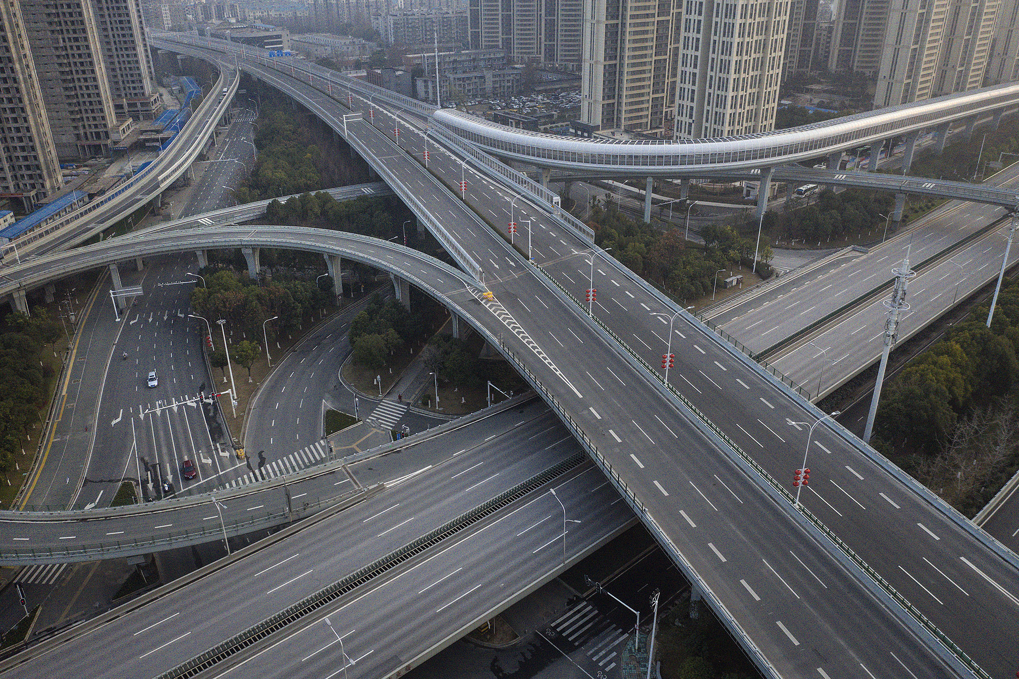 An aerial view of the roads and bridges are seen on February 3, 2020 in Wuhan, Hubei province, China. The number of those who have died from the Wuhan coronavirus, known as 2019-nCoV, in China climbed to 361 and cases have been reported in other countries including the United States, Canada, Australia, Japan, South Korea, India, the United Kingdom, Germany, France, and several others. (Photo by Getty Images)