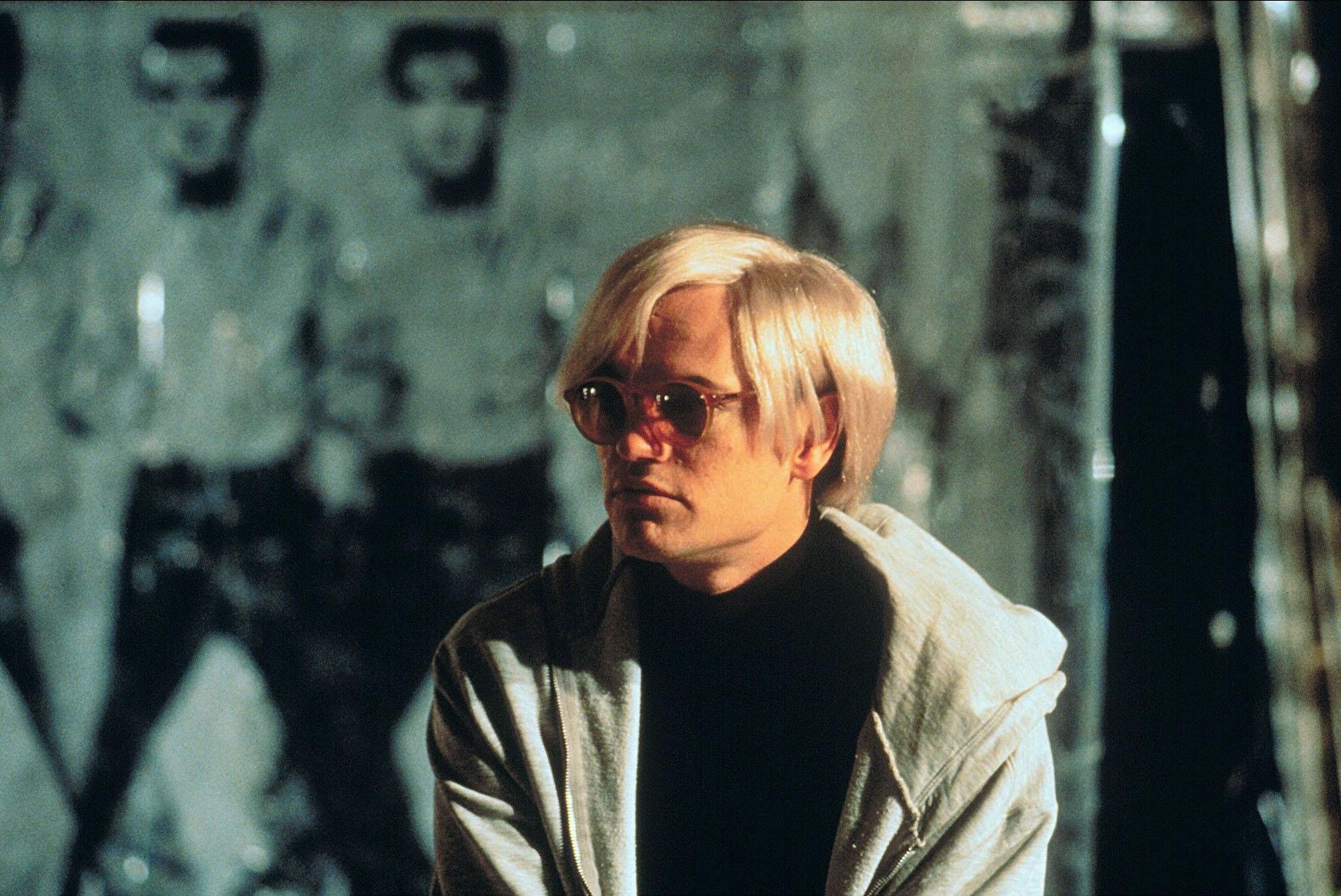 Джаред Харрис вроли Энди Уорхола вфильме «Я стреляла вЭнди Уорхола», 1996