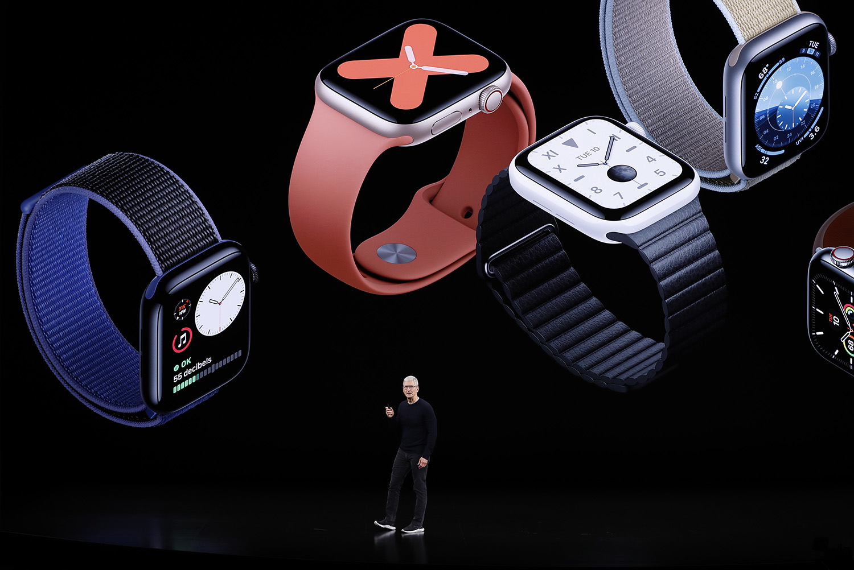 Тим Кук напрезентации Apple Watch Series 5