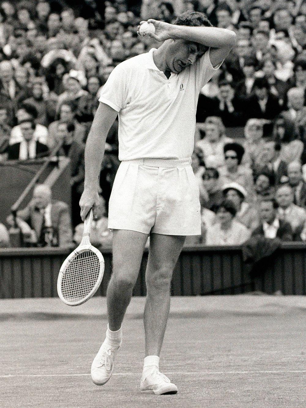 Теннисист Бобби Уилсон наУимблдонском турнире 1966