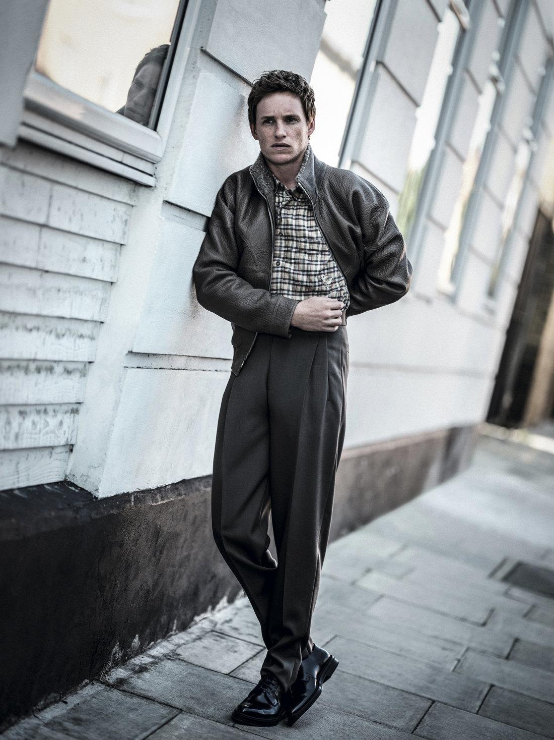 Куртка ибрюки Ermenegildo Zegna Couture;  рубашка Gucci; дерби Boss