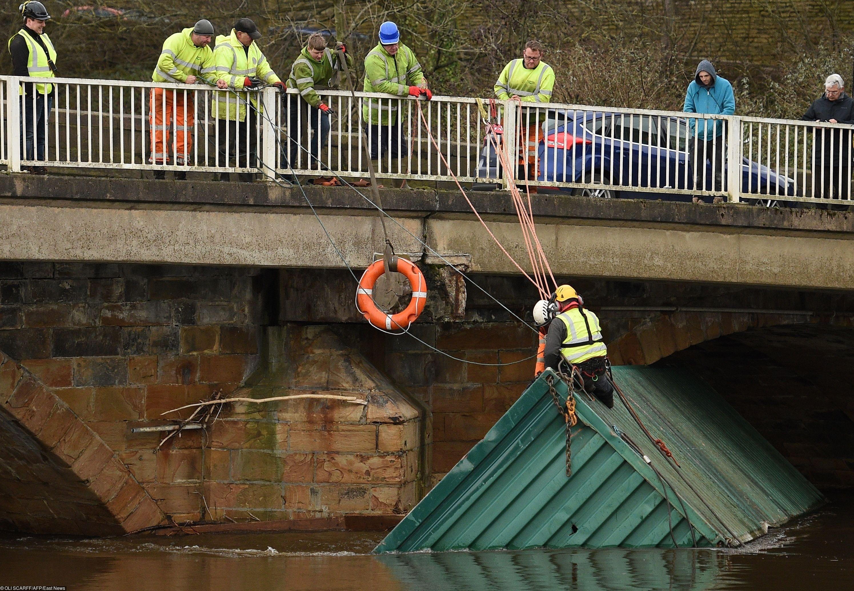 Затопленный вреке Колдер транспортный контейнер, Брайхаусе, северная Англия.