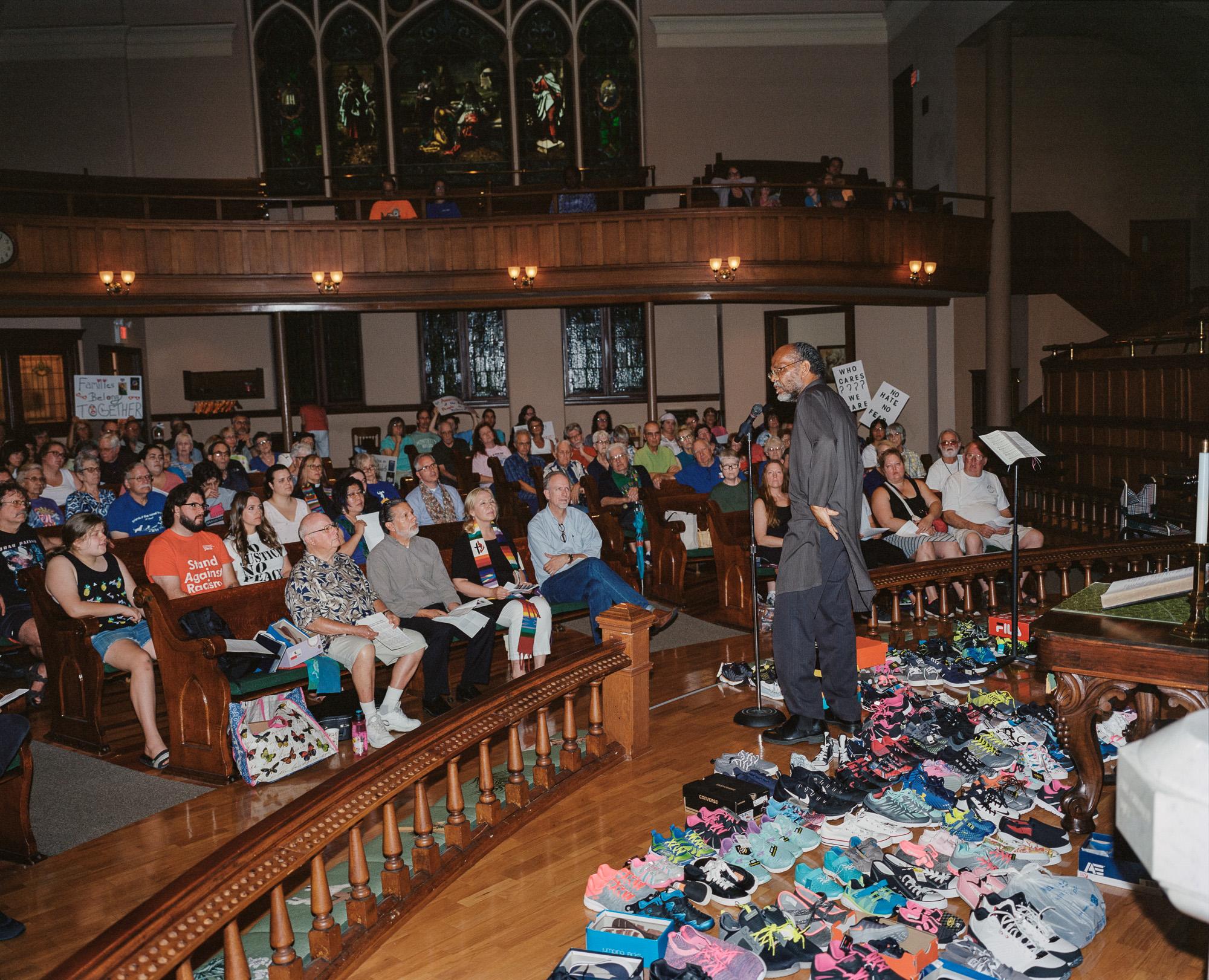 Объединенная методистская церковь, собрание, посвященное важности института семьи, Сент-Джозеф, штат Миссури.