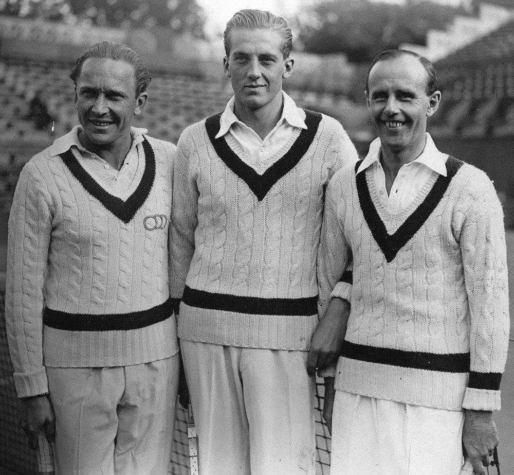 Австрийские теннисисты Герман Артенс, Георг фон Метакса иФранц-Вильгельм Матжка наОткрытом чемпионате Франции потеннису 1934