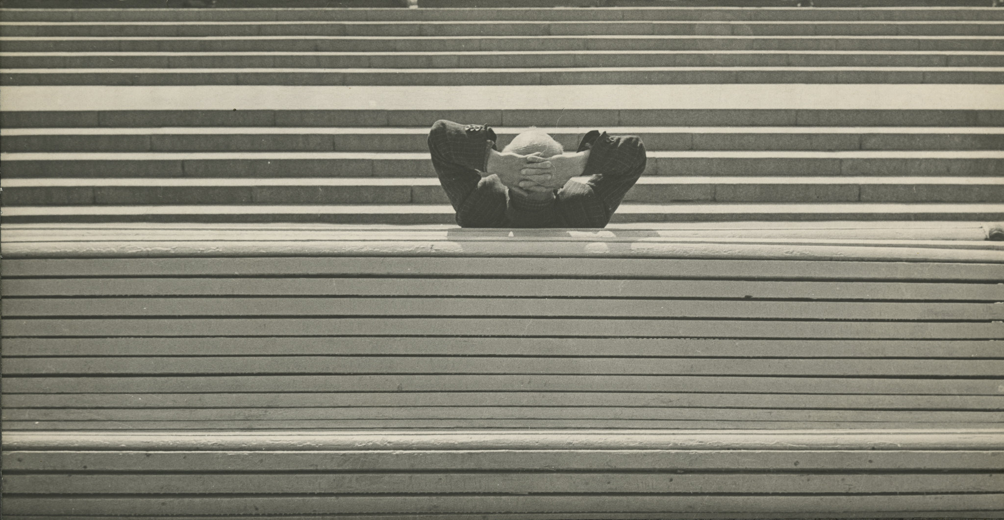 Александр Слюсарев . Скамейка. 1962. Серебряно-желатиновый отпечаток.