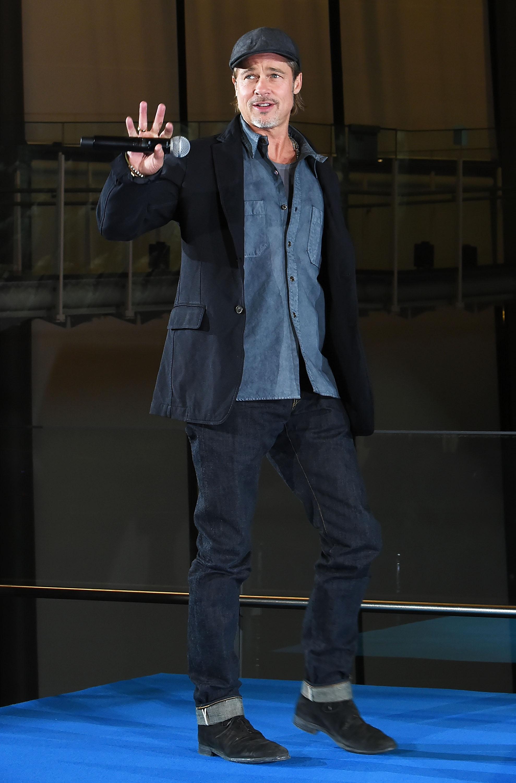 На пресс-конференции фильма «К звездам» вТокио,