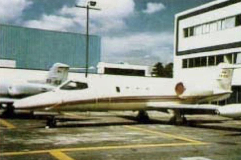 На этом частном самолете Эль Чапо наркотики перевозили изТихуаны вМехико