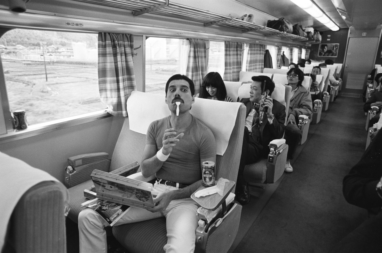 Фредди Меркьюри во время тура поЯпонии, октябрь 1982 года