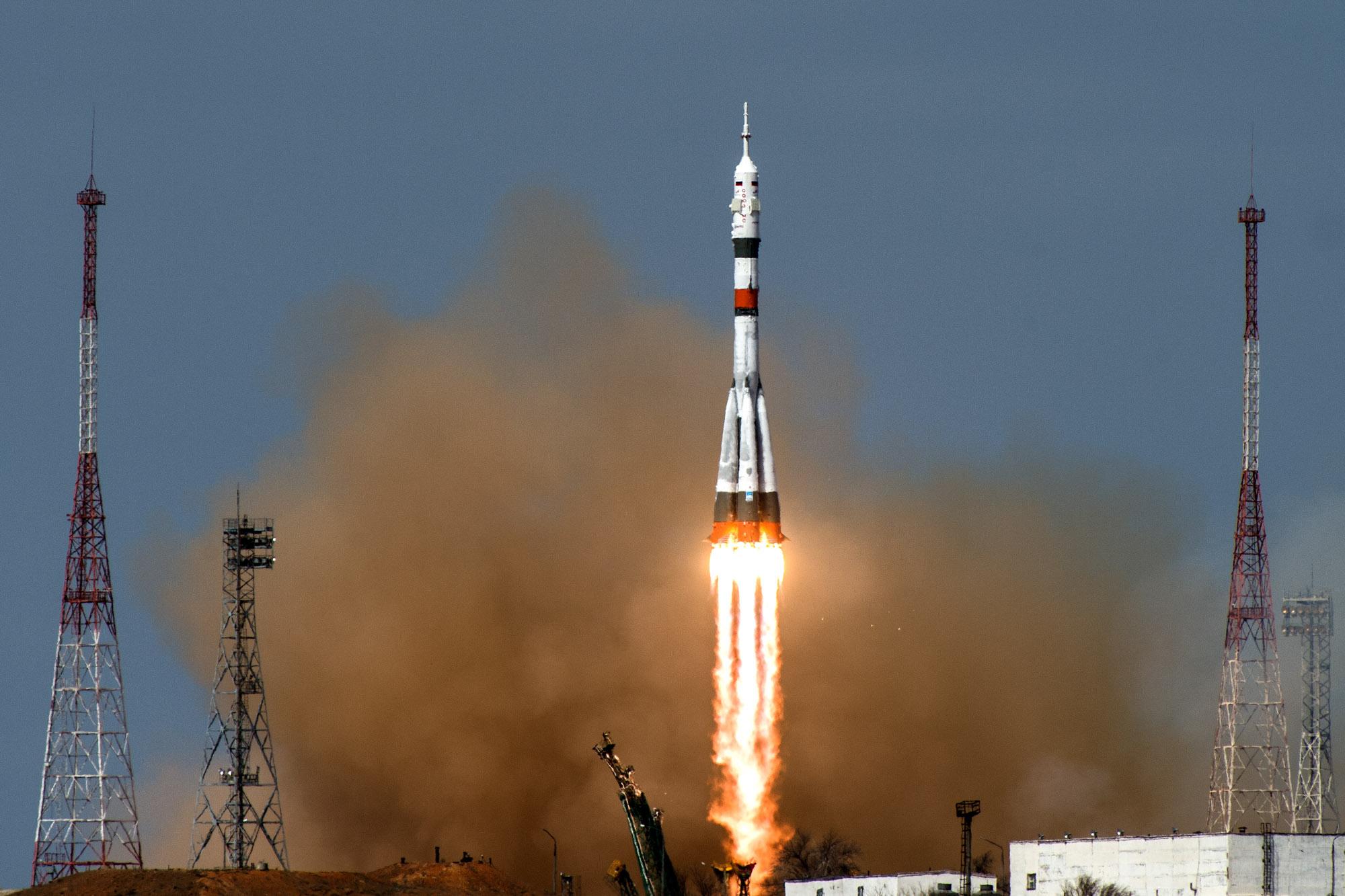9 апреля 2020 года в11:05:06 мск скосмодрома Байконур запланирован пуск ракеты-носителя «Союз-2.1а» спилотируемым кораблем «Союз МС-16» попрограмме 62-й и63-й основных экспедиций кМеждународной космической станции.