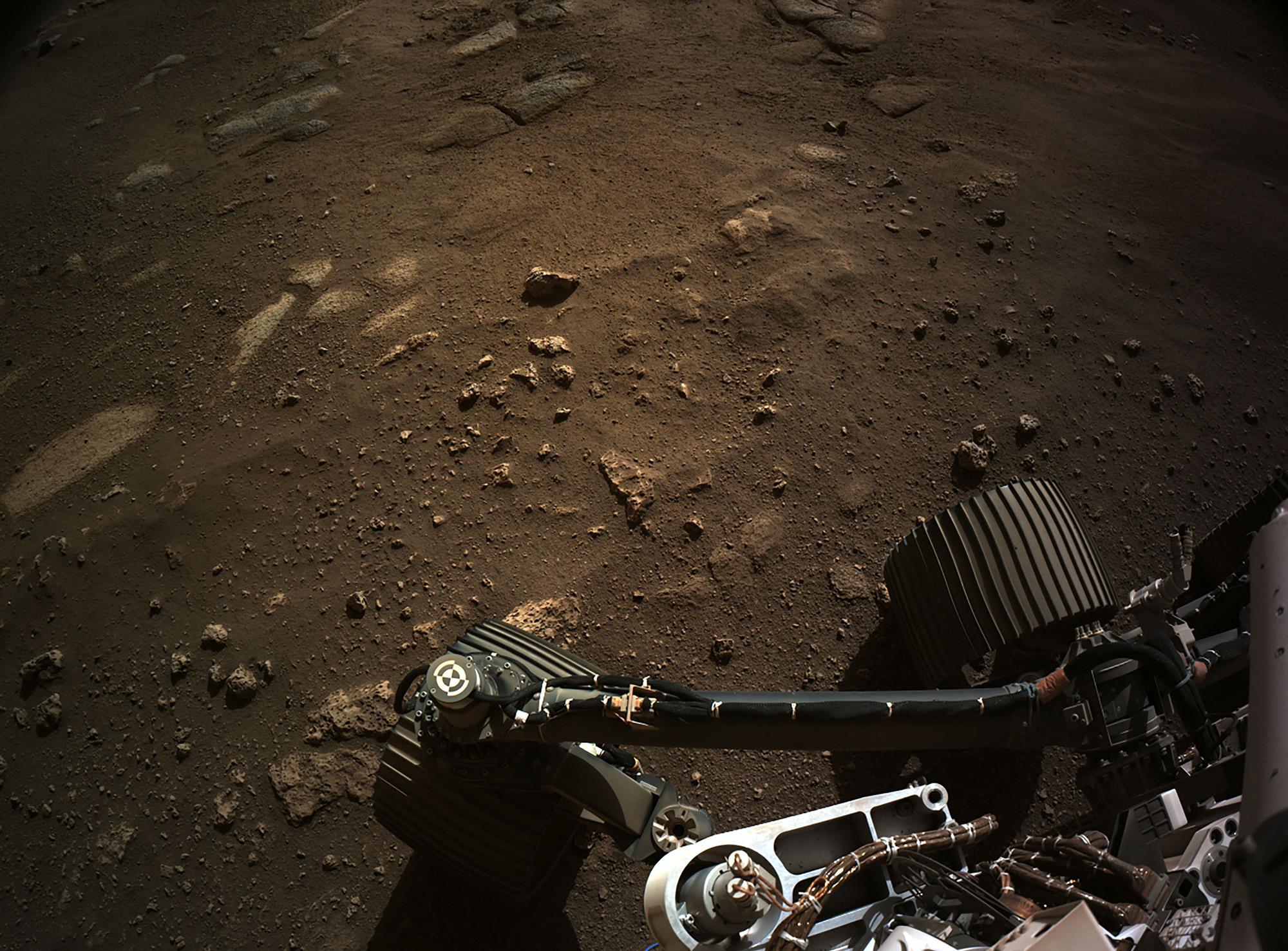 Фотография, сделанная ровером НАСА Perseverance вкратере Джезеро, 24 февраля 2021 года.