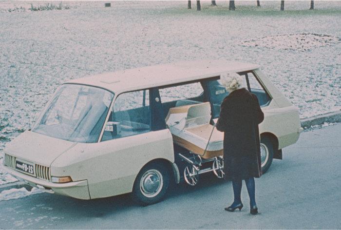 Такси будущего; коллекция Московский музей дизайна, фотография, ВНИИТЭ,1964 год
