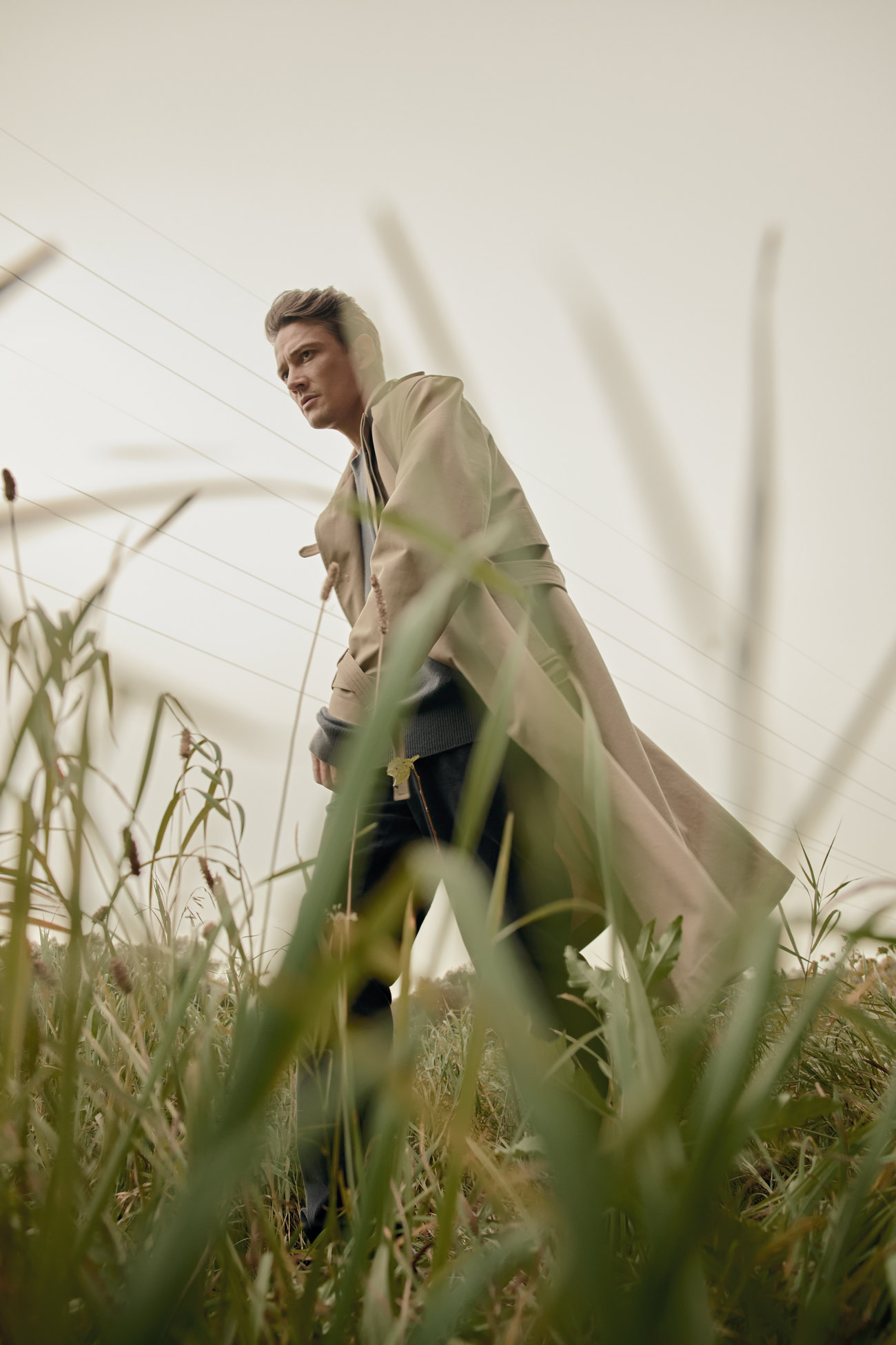 Джемпер Bottega Veneta; плащ Dior Men; брюки Canali