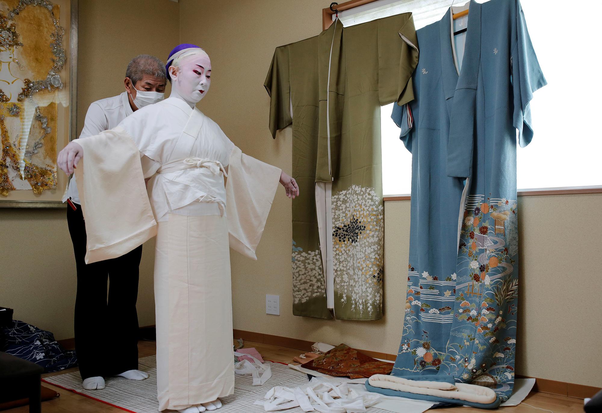 Шоичи Санагаши, хранитель кимоно
