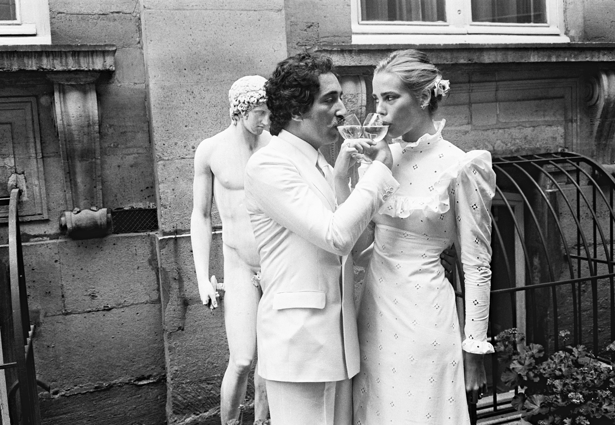 Wedding Of Margaux Hemingway And Erroll Wetson In Paris - 1975Margaux Hemingway gets married with Erroll Wetson in Paris in Jun 1975. (Photo by Bertrand Rindoff Petroff/Getty Images)