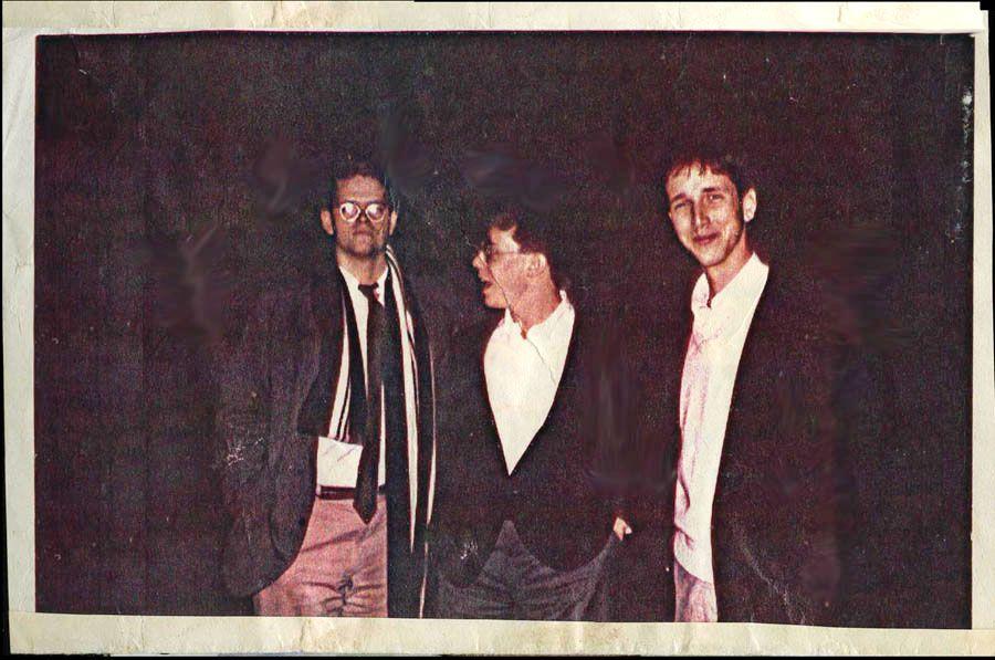 Студент Мэтт Джейкобсон, Тодд О'Нил иПол МакГлойн в1983 году.