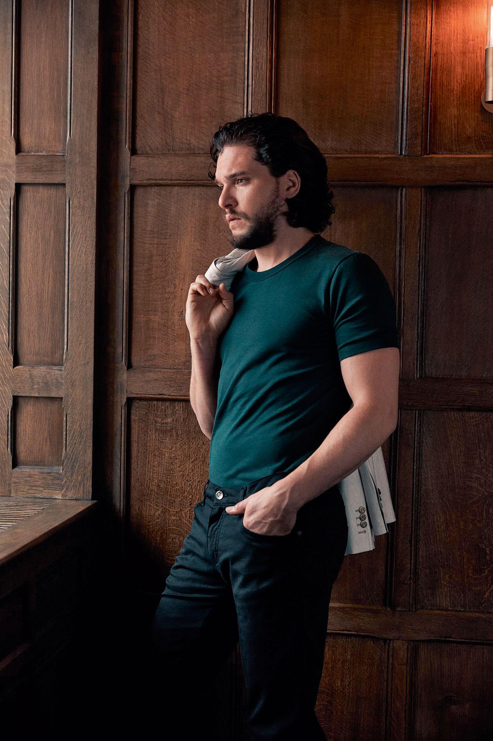 Пиджак, футболка, джинсы, все Dolce&Gabbana