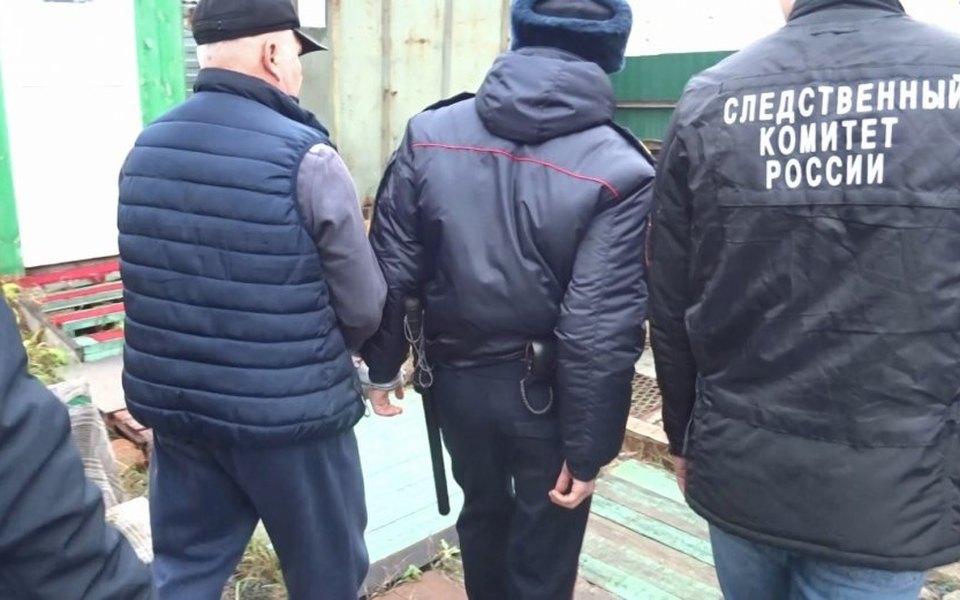 Задержан 60-летний мужчина, который 15 лет насиловал женщин иподростков. Он работал вуголовном розыске