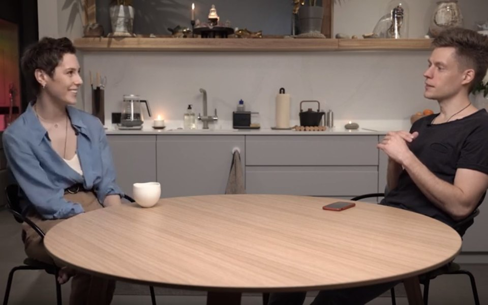 Юрий Дудь взял интервью у актрисы Ирины Горбачевой