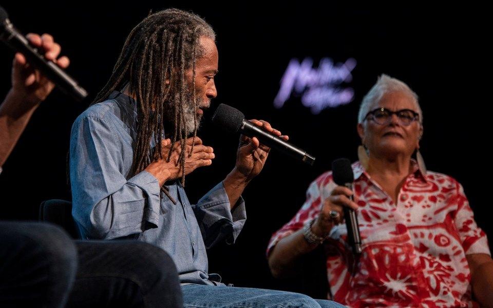 За пределами джаза: как прошел 53-й Montreux Jazz Festival вшвейцарской горной долине