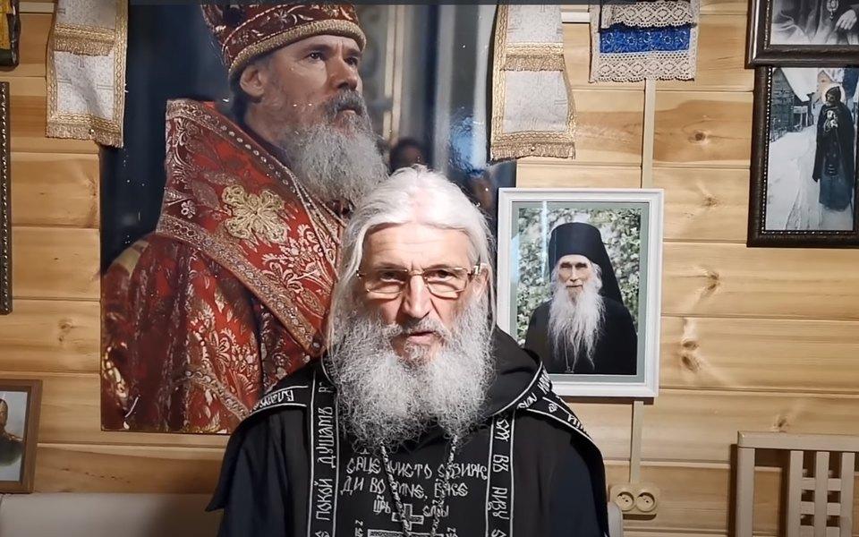 «Тебя бесы крутят»: бывшие послушники Среднеуральского монастыря рассказали осхиигумене Сергии, пережитом насилии итотальном контроле