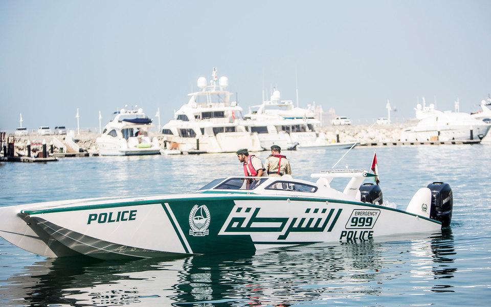 Полиция Дубая оштрафовала водителя черезинстаграм