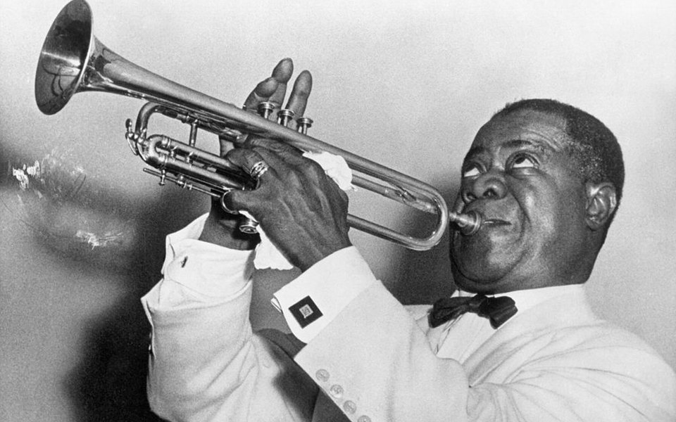 Идеальный джентльмен: что носил король джаза Луи Армстронг