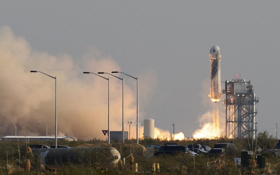 Blue Origin Джеффа Безоса продала билеты на следующие полеты в космос на $100 млн