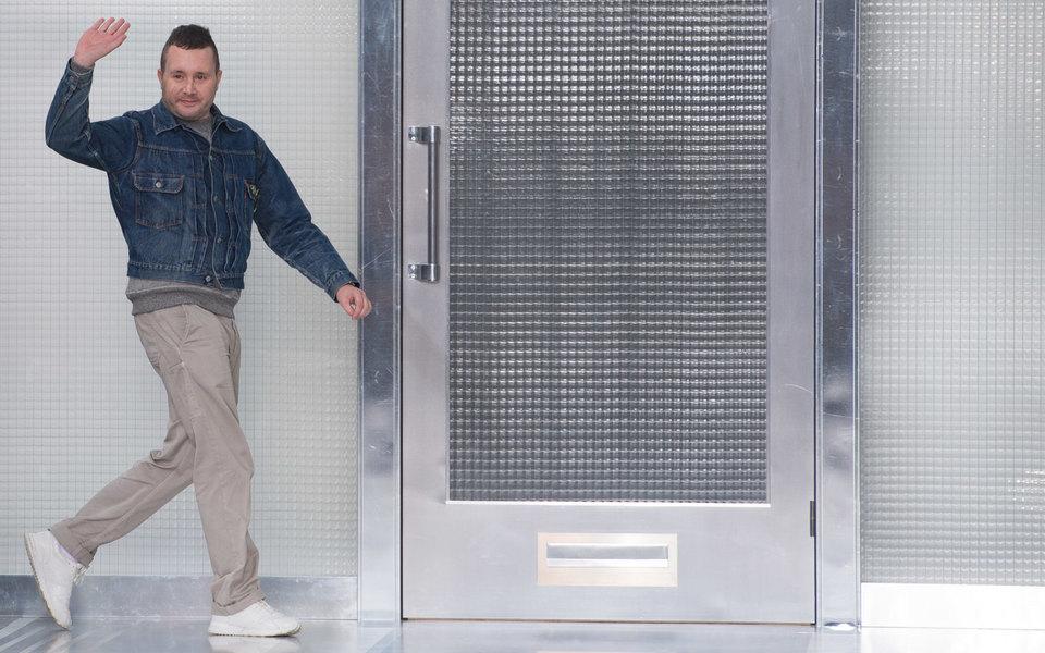 Ким Джонс уходит изLouis Vuitton