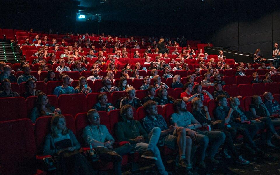 «Смена власти, человеческие жертвы, голод иразруха»: внижегородском кинотеатре передфильмом показали пропагандистский ролик против протестов