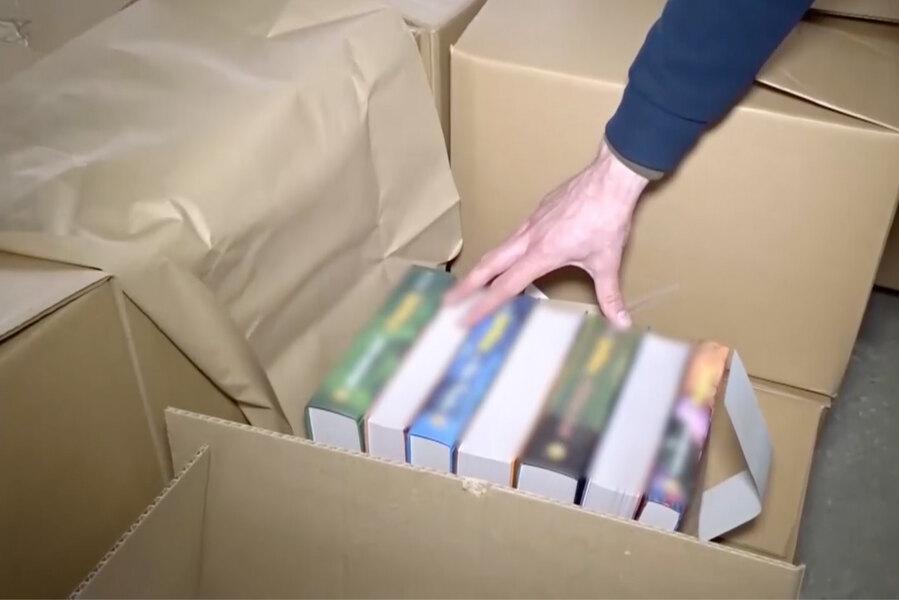 В Курганской области полиция изъяла почти 50 тысяч контрафактных книг о Гарри Поттере в переводе «Росмэна»