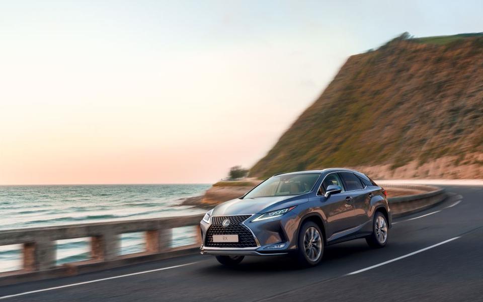 Кроссовер Lexus RX стал самым продаваемым вРоссии премиум-автомобилем в2019 году