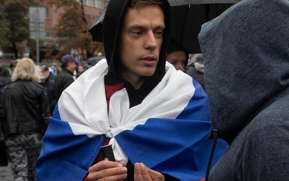 «Калашников законотворчества шарашит во все стороны, его пули могут зацепить любого»: Дудь поддержал участников мирных митингов