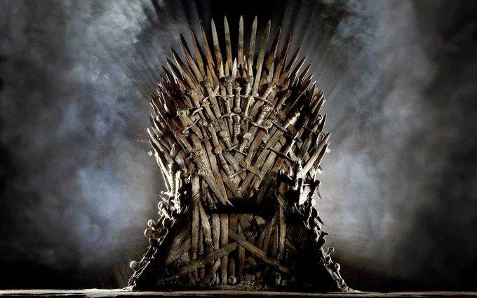 Кто изперсонажей первым использовал выражение «Игра престолов»?